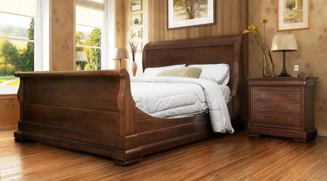 Amish Sleigh Bed
