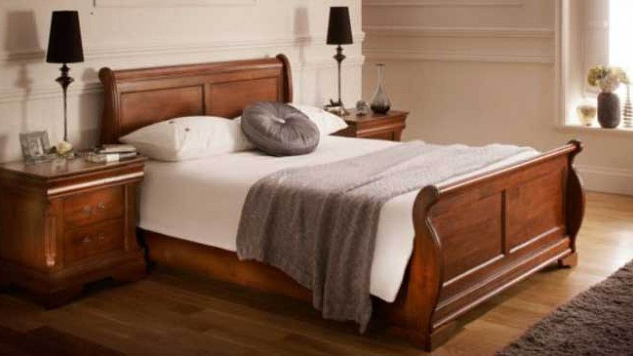 Picture of: King Size Sleigh Bed Shopping